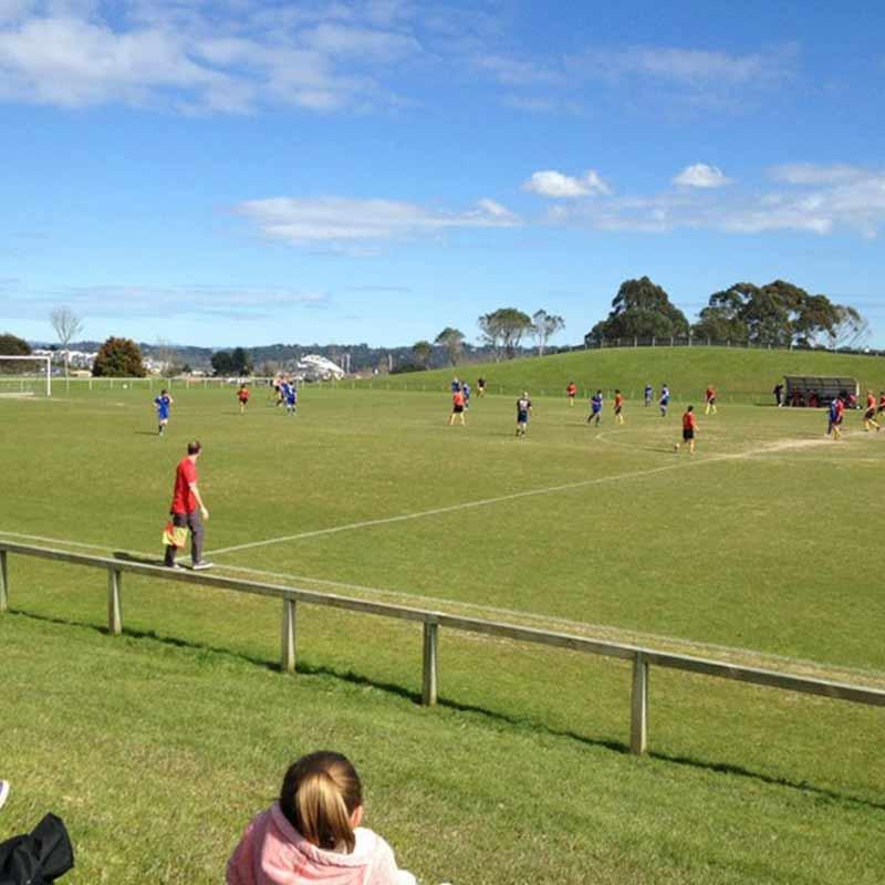 Browns Bay summer football leagues